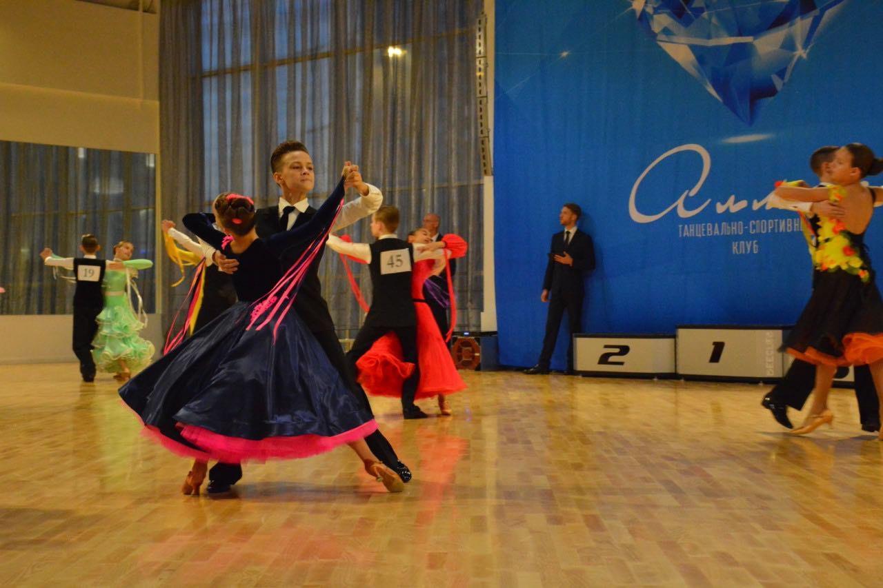 Юные танцоры из Бибирева вошли в десятку лучших пар Москвы в категории юниоры