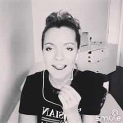 """SëstrySë on Instagram: """"Меня очень часто спрашивают, как я научилась петь. Друзья, должна признаться вам, я - повторюшка. Не претендую на экспертно..."""