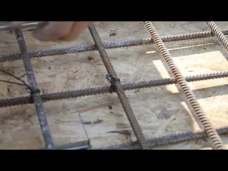 Вязание крючком на арматуре