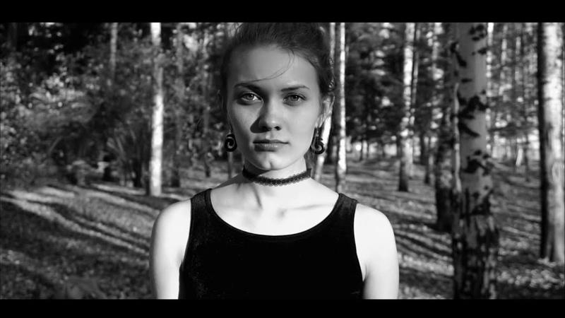 Птица, стихотворение Нины Русяйкиной.