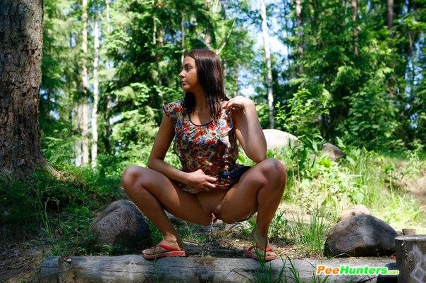pisayushie-zhenshini-v-lesu-video