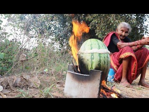 Thịt Gà Kho Quả Dưa Cực Ngon Của Cụ Già 105 Tuổi Ấn Độ