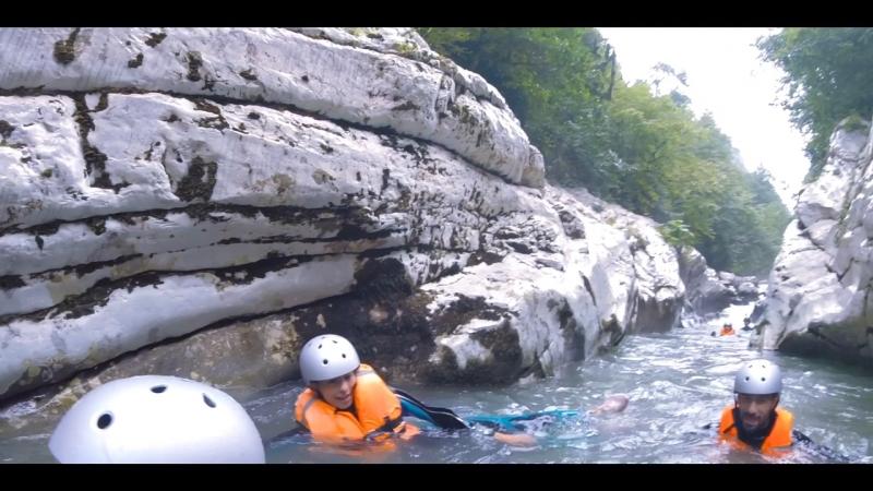 Каньонинг на Белых скалах Сочи