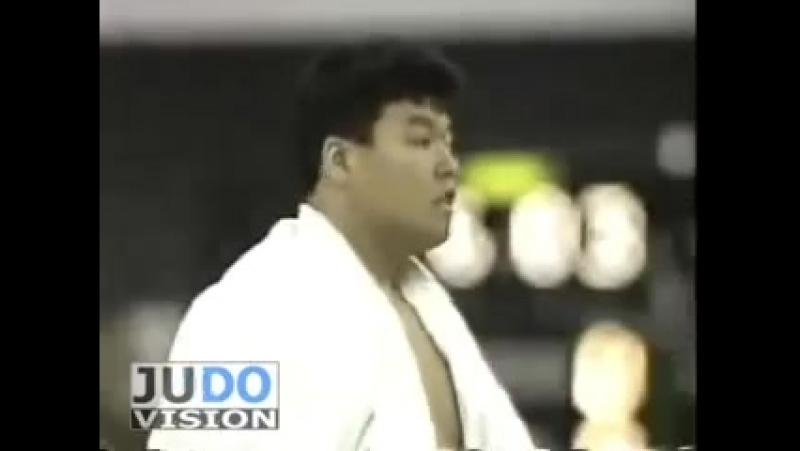 JUDO 1990 All Japan Naoya Ogawa 小川 直也 (JPN) - Toshihiko Koga