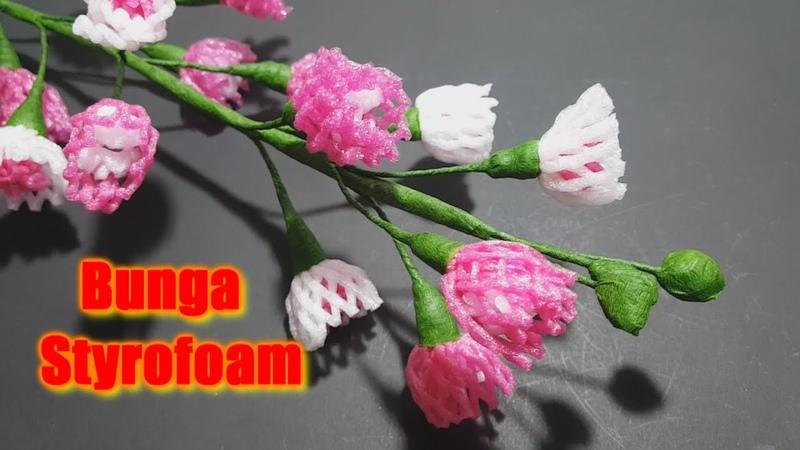 Memanfaatkan Styrofoam atau Busa Pembungkus Buah Menjadi Bunga Hias