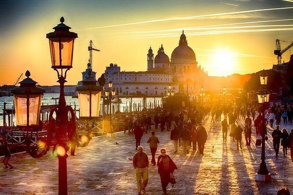 Венеция на закате, Италия