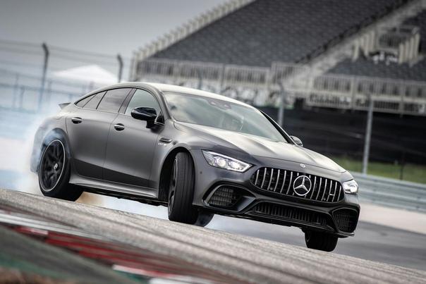 Тест Mercedes-AMG GT 4-door Coupe. Спортсмен или стиляга