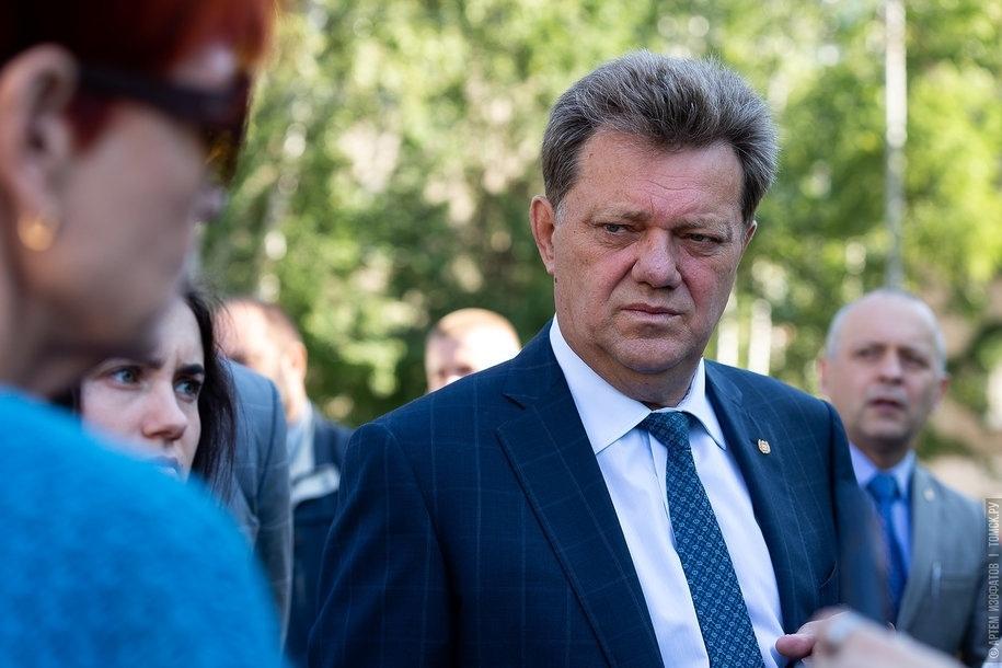 Мэр: студенты должны благоустраивать Томск, а не убирать помойки