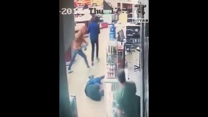 Хотел дать отпор грабителям и получил пулю в живот!