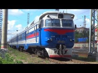 Дизель-поезд ДР1-022. За несколько часов до пожара.