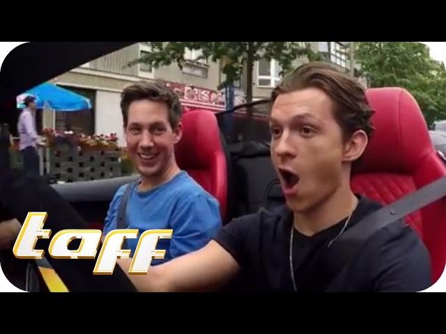 SPIDERMAN hat ANGST vor SPINNEN Tom Holland bei Stars in Cars | taff | ProSieben