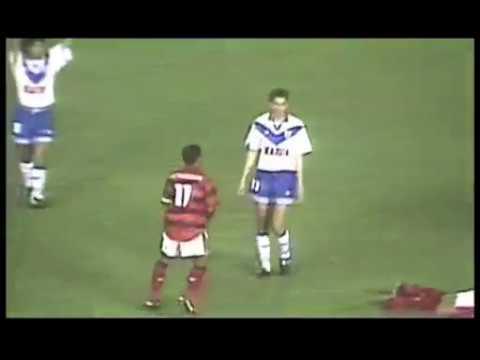 Pelea Completa Flamengo vs Velez / Romario, Zandona y Edmundo