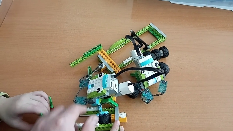 Детский центр робототехники Умник Битва роботов тягачей часть 3 и 4
