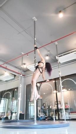Flexible flexibility strength pole poledancer dancer sexy passion love Ilovepole