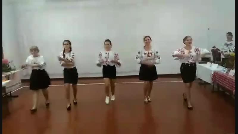 танець 10 клас 2018 . Мої красуні