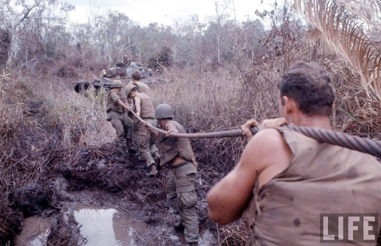 guerre du vietnam - Page 2 N5RYLAQEvOs