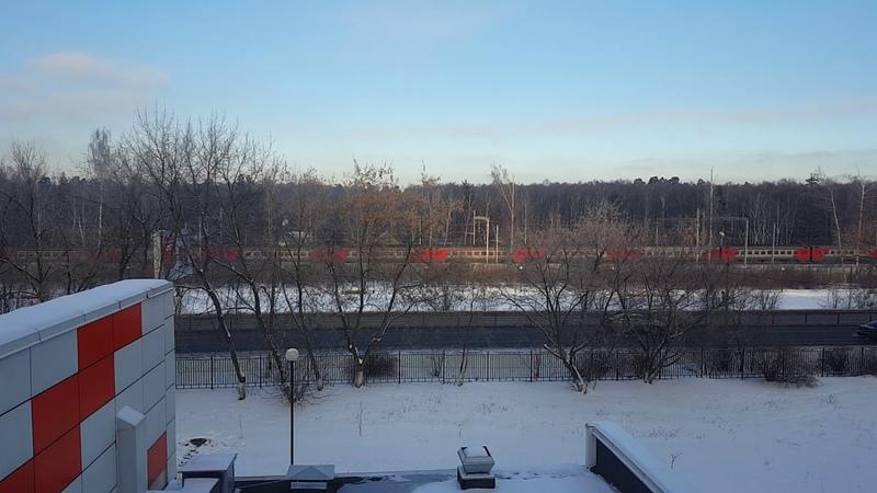 ЭД4М на перегоне Кучино Железнодорожная вид из окна