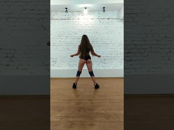 Iggy Azalea - Kream ft. Tyga Choreo by Sonya Cherchata