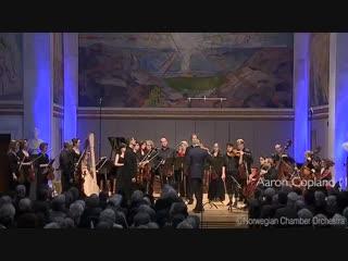 Concierto para clarinete y orquesta de cuerdas con arpa y piano - Aaron Copland.