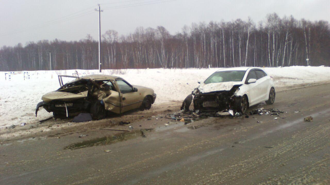 В Башкирии ударились Daewoo Nexia и Ford Focus, есть жертвы