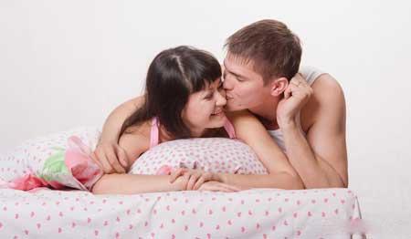 Расстройство сексуального возбуждения чаще выявляется, когда у женщины есть сексуальные желания для своего партнера, однако она не реагирует физически таким образом, чтобы сделать возможным половой акт