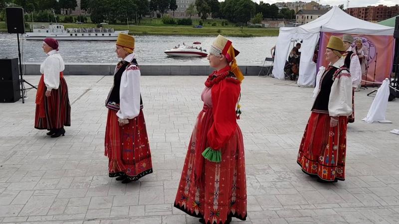 Этнический клуб Параскева на фестивале Этно-мода Псков-2017 22 июля 2017