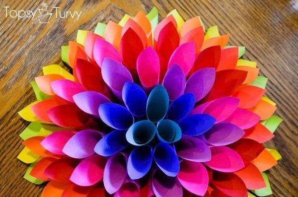 Объемные цветы из бумаги на стену своими руками
