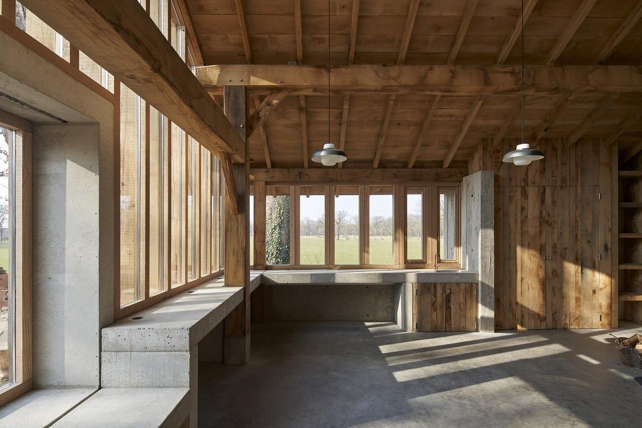 The Sixteen-Oak Barn / HilberinkBosch architect