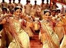 Посмотрела вчера индийское кино. Надо бы перенять опыт у героини. У нее дофига проблем…