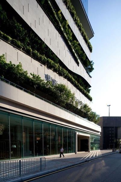 Многофункциональное здание в Гонконге