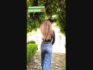 Giovanna Chaves Desfilando o Rabinho