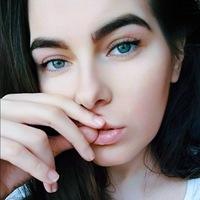 Анна Митрофанова