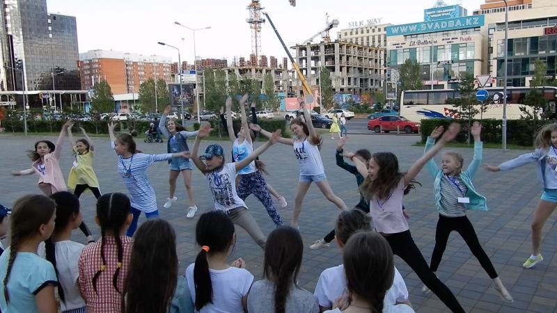 Танцы на улице-пиратская вечеринка