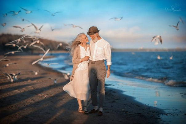 Фотограф из России сняла красивую пожилую пару, чтобы показать, что любовь не подвластна времени.