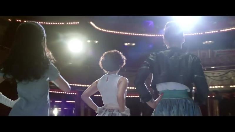 Salut Les Copains, Le Spectacle Musical - Laisse tomber les filles (Clip Officiel)