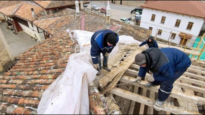 Варварская реставрация Хансарая - 2