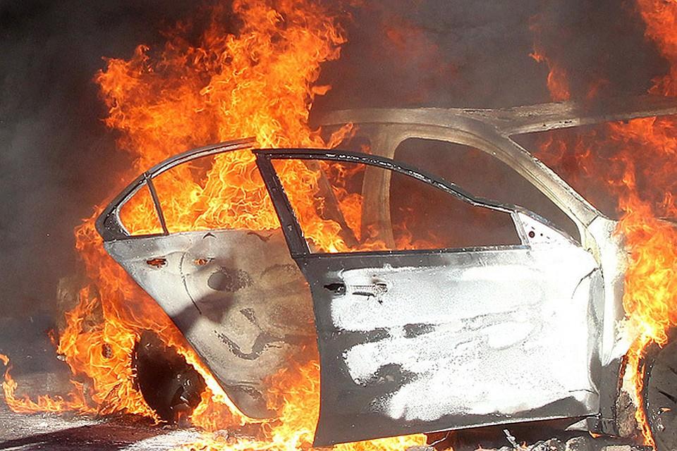В Славянске задержали подозреваемого в поджоге автомобиля