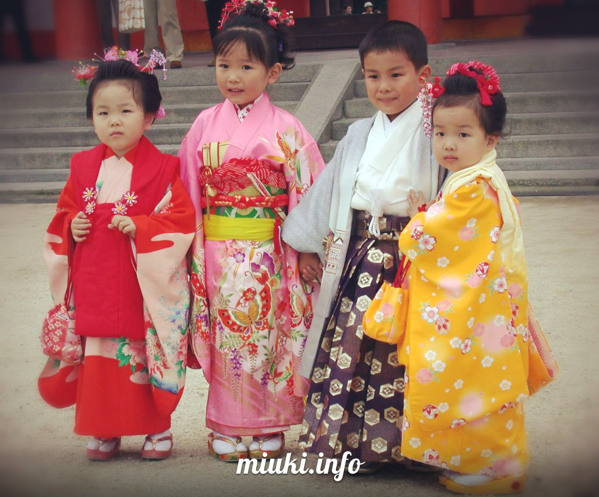 Секс мальчиков и девочек япония 24 фотография