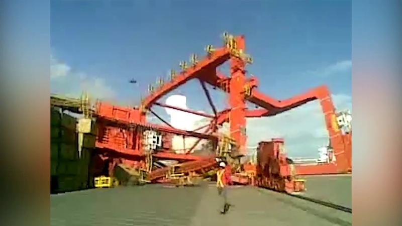 Crane Crashes 2017   Accident Videos   Construction Accidents   Crane Fails Compilation(new)