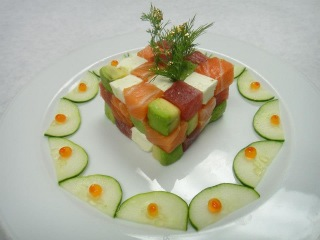 Hiro's Cube: Painstakingly Assembled - How To Make Sushi Series