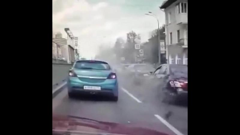 Мотобат не справился с управлением