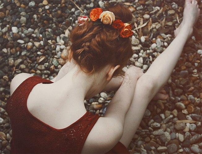 Фото девушка с пушистым пледом
