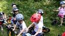 Занятие на беговелах в детском саду Эники-Бэники