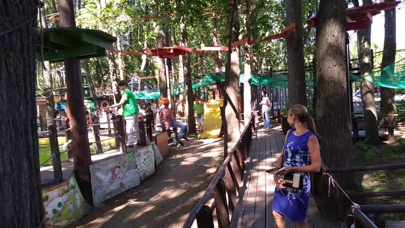 Ева в веревочном парке