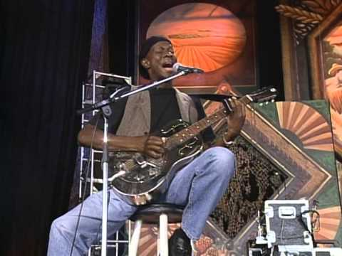 Keb' Mo' - She Just Wants To Dance (Live at Farm Aid 1999)
