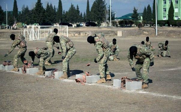 Armée Géorgienne - Page 3 R1GvDeEE_GA