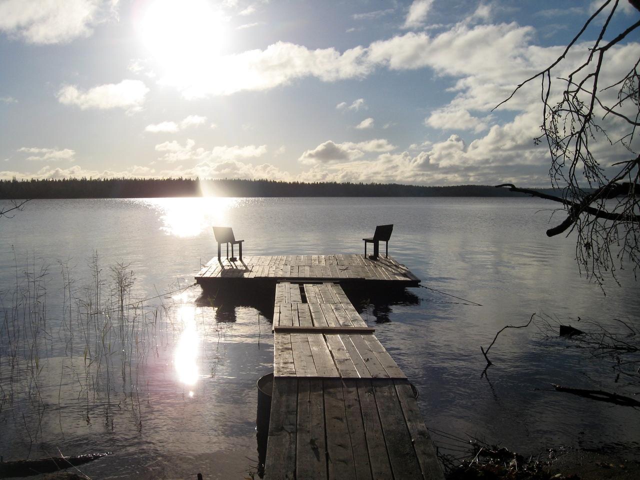 Поход 68км-Горавалдай-Шепелево. Часть 2: Красоты озера Горавалдайского и Шепелевский маяк.