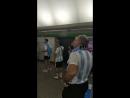 Аргентинские фанаты безумствуют в петербургском метро