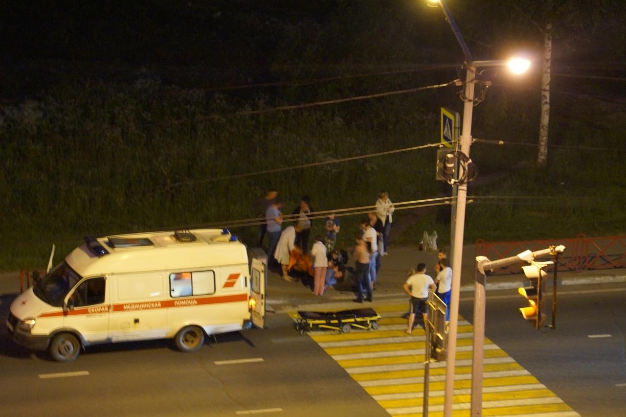 В Дядьково ночью на пешеходном переходе сбили женщину