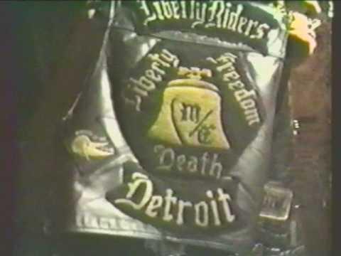Detroit Liberty Riders - Pittbull, Mark Bludshot, Ludichrist. Backstage Blondies (1989)